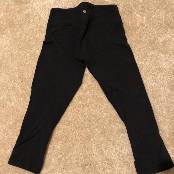 """Black lululemon crop leggings 21"""" inseam"""